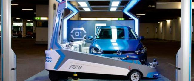 Idée No. 15 : Robot-voiturier des autos à l'aéroport